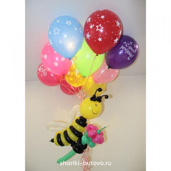 Пчелка на облаке шаров