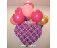 Сердце на облаке шаров